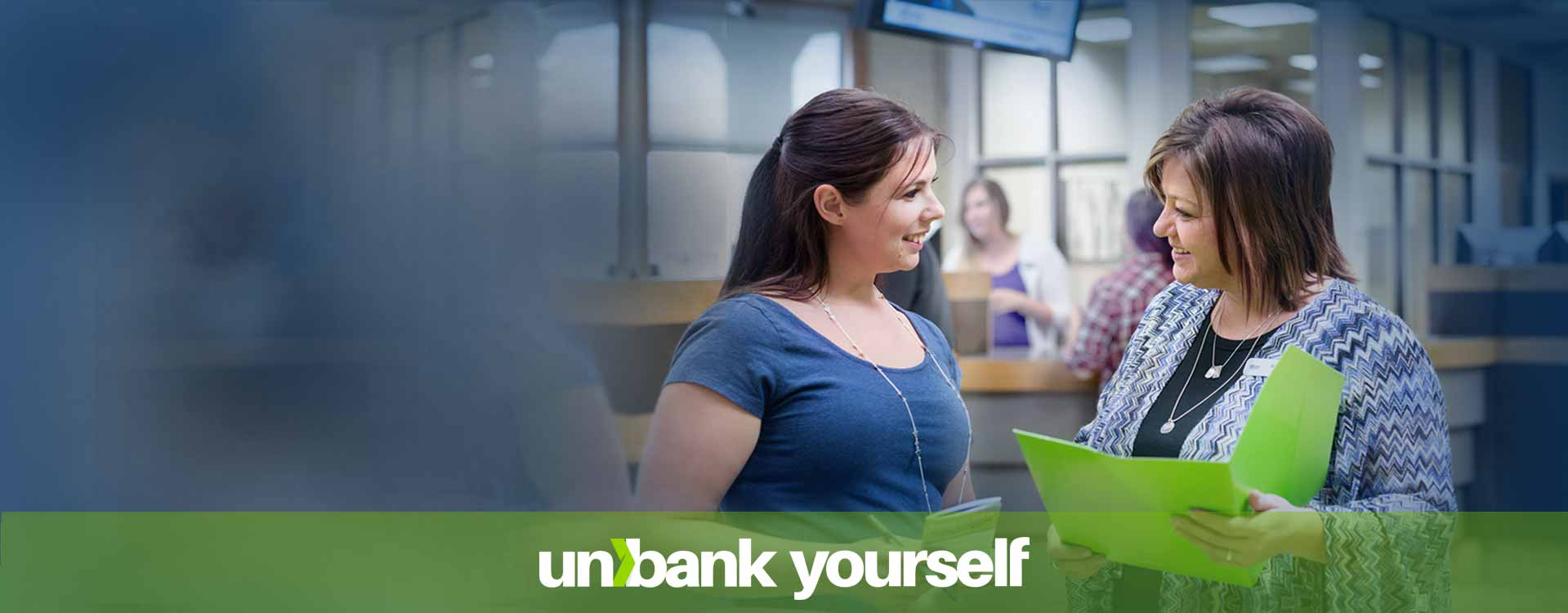Home-banner_Good-advice_Estevan-ladies_unbank-yourself_desktop_1919x750_left-side